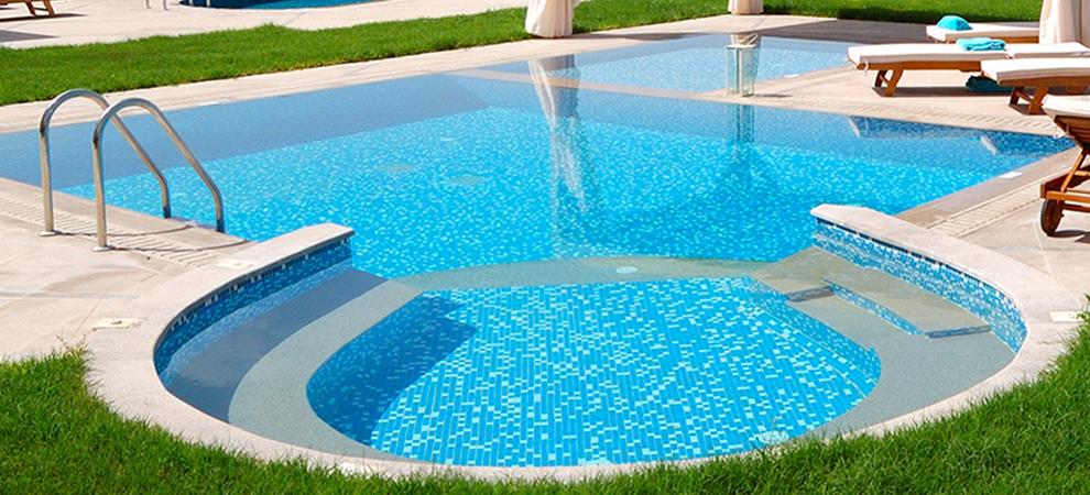 Recomendaciones antes de construir tu propia piscina