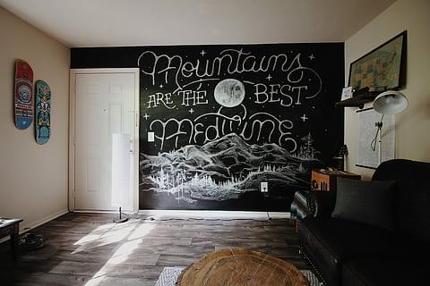 Cómo decorar con pintura de pizarra